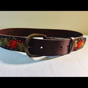 LUCKY BRAND Embroidered Fall Floral Leather Belt